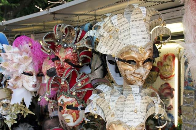 venezianische masken karneval in venedig 2012 europa reisen europa reisen. Black Bedroom Furniture Sets. Home Design Ideas