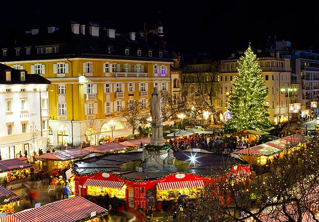 weihnachtsmarkt-im-italienischen-bozen