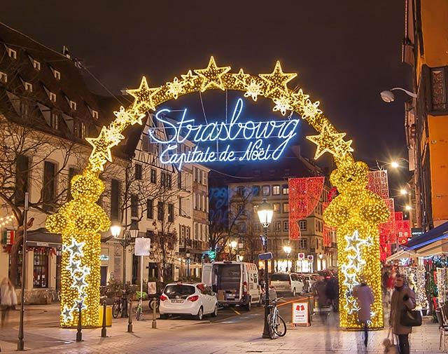 Weihnachtsmarkt im Elsass in Strasbourg