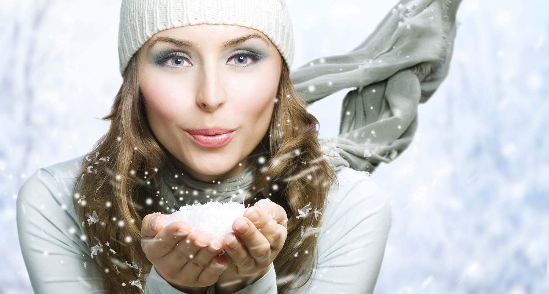 Engel mit Schnee